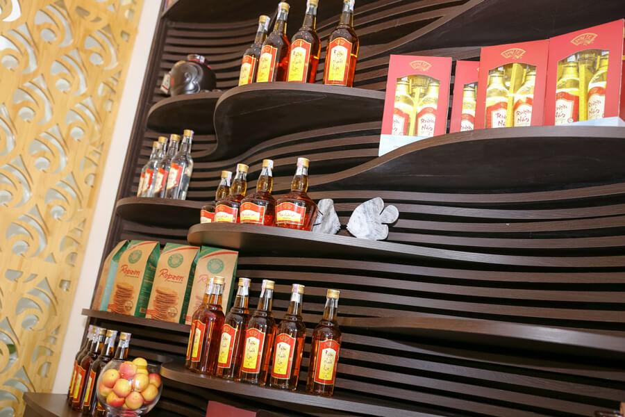 hình ảnh showroom rượu chuối hột Phú Lễ 1