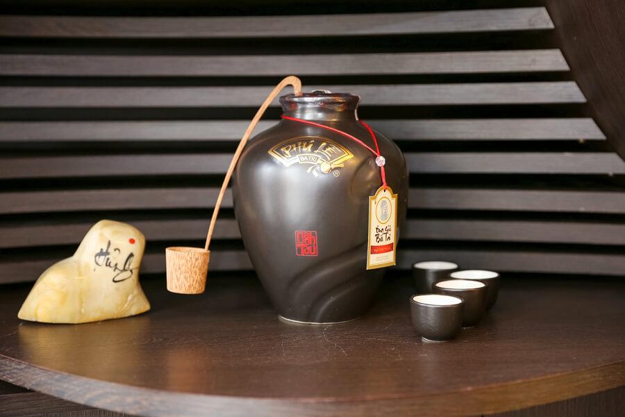 hình ảnh showroom rượu chuối hột Phú Lễ 3