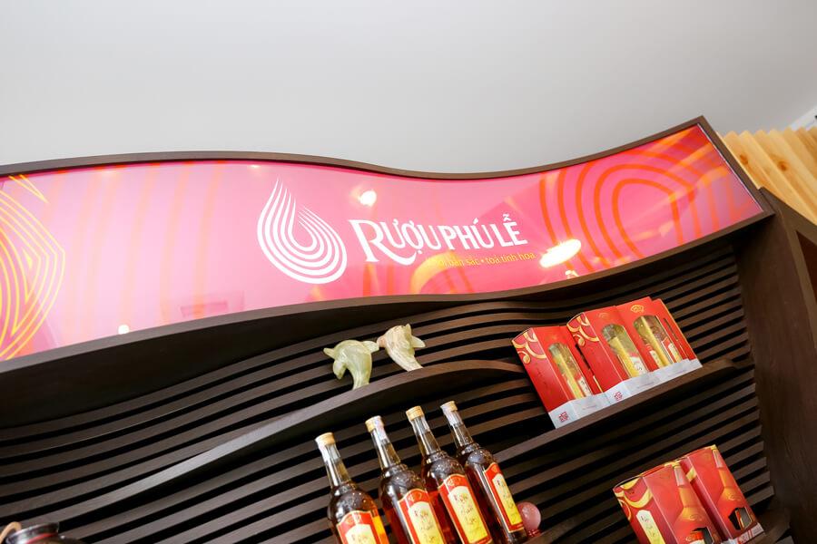 hình ảnh showroom rượu chuối hột Phú Lễ 8
